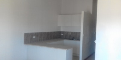 2 Bedrooms Modern Flat for Rent