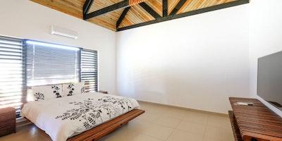 4 Bedroom Luxurious Villa