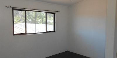 3 Bedroom Top Flat For Rent