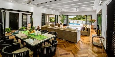 Luxurious Beachfront Property