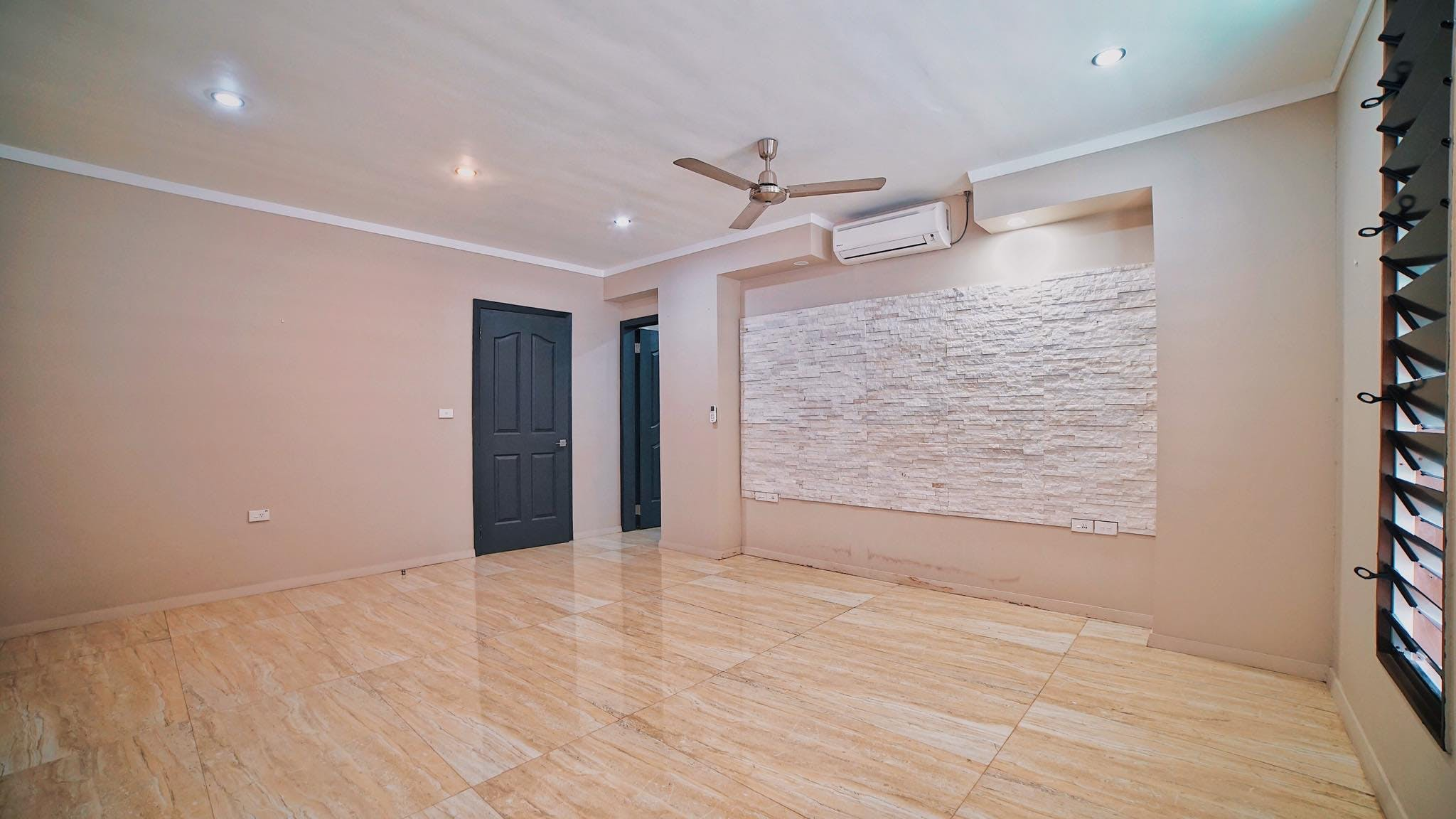 4 Bedroom Executive House For Rent