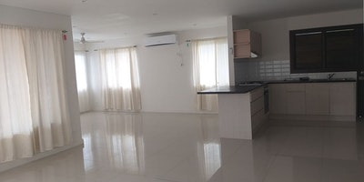 Executive 3 bedroom flat for rent