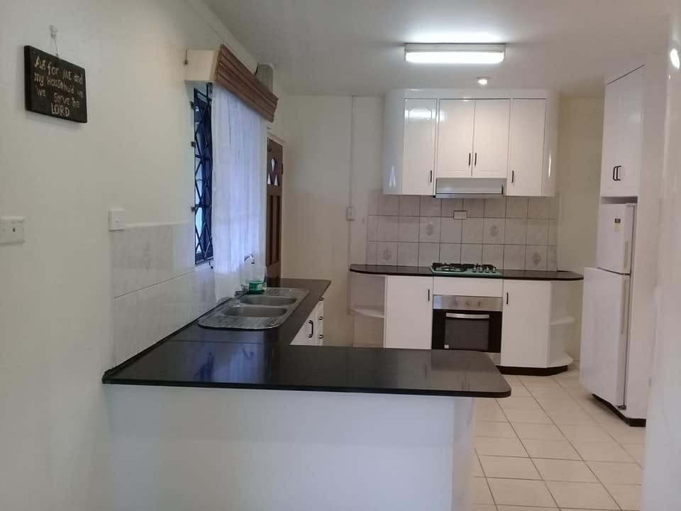 3 Bedroom Top Flat for Rent