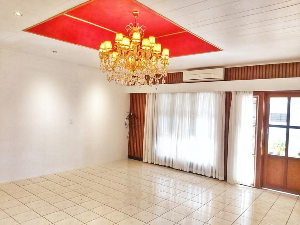 Martintar 4 Bedroom Top Flat For Rent