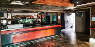 4 Bar Spaces for Rent