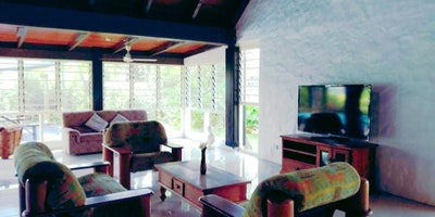 Spacious Mexican Style 3 1/2 Bedroom Villa for Sale