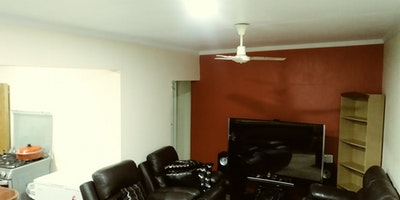 2 b/room flat for rent