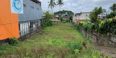 COMMERCIAL FREEHOLD LOT